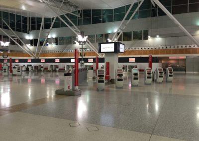 airport-719798_1920