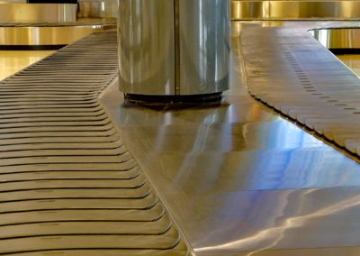 luggage-conveyor-3364006_1920